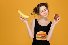 ´Met voeding kun je een hoop menstruatieleed voorkomen! Voor Margaretha den Dekker grondlegger van Finest Food for Body and Soul is dat helder als glas...´ Ga naar de volgende link voor het gehele interview: http://www.period.nl/bodymind/koken-voor-je-hormonen/ #voeding #hormonen #menstruatieklachten #menstruatiecyclus #periodNL