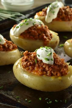 Stuffed Potatoes with Ground Beef Carne Molida Recipe, Papas Rellenas Recipe, Side Dish Recipes, Dinner Recipes, Snack Platter, Mexican Food Recipes, Ethnic Recipes, Cooking Recipes, Healthy Recipes