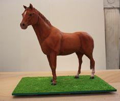 Standing horse cake via Cake Central