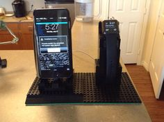 DIY Lego stand for iPhone 6 Plus and Apple Watch