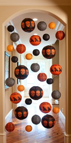 Halloween hanging lanterns - make a great doorway decoration for Halloween. £8.99 6pk
