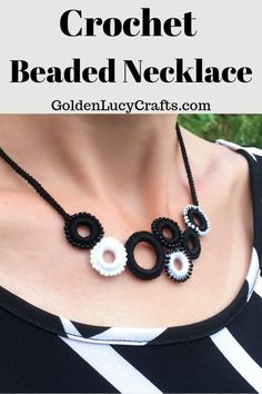 [orginial_title] – GoldenLucyCrafts Crochet Beaded Ring Necklace Learn how to make this beautiful crochet beaded ring necklace! Free pattern, easy to make, black and white, crochet jewelry, DIY. Crochet Beaded Necklace, Crochet Rings, Crochet Bracelet, Beaded Rings, Bead Crochet, Diy Crochet, Crochet Tutorials, Beading Tutorials, Tejidos