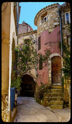 An ancient alley in Roquebrune, Provence, France ~ Gorgeous architecture! | We Love Provence ᘡղbᘠ