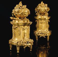 Louis Xvi, Antique Decor, Antique Furniture, Fireplace Fender, Bronze Art, Flora Danica, Interior Led Lights, Baroque Design, Vases