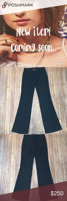 🆕 Flare Jeans Gently worn Banana Republic, flare Jeans. Size 26/2. Dark indigo, mid-rise with slanted pockets in the front, plain pockets on the back and button detail on the waist. Approx. measurements waist 14.5, hips 17.5, rise 7.5, inseam 32.5. Please use the offer button for ALL offers and bundle for a discount. Thanks 💋 193 Banana Republic Jeans Flare & Wide Leg