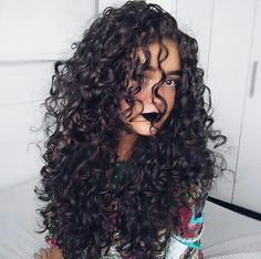 cute curly hairstyles, long hairstyle for curly hair, curly hair Curly Hair Routine, Curly Hair Tips, Long Curly Hair, Big Hair, Wavy Hair, Curly Girl, Cute Curly Hairstyles, Natural Hair Styles, Long Hair Styles