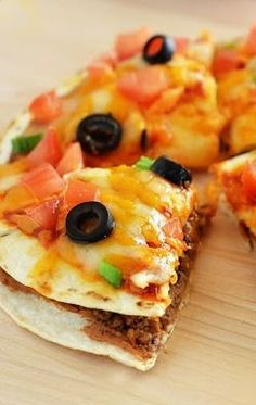 MEXICAN PIZZA...delicious! Made this today they tasted great Im happy I know they are healthy fresh! Thanks!