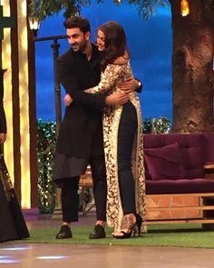 Ranbir and Aishwarya hug it out on the sets of The Kapil Sharma Show! | PINKVILLA