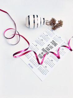 YEAR CALENDAR FOR 2016 - BUY ONLINE - FREE SHIPPING!  http://www.reidunbeate.com/2015/12/26/mye-kan-skje-pa-et-ar-kalender-for-2016/