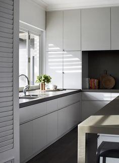 Robson Rak Architects - Toorak House via Est Magazine