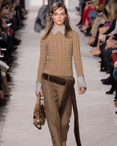 """thisissimpleknitting: """" @michaelkors and lovely cable sweater  #knit #knits #knitting #knitwear #knitspiration #wool #rtw #rtw16 #fall #fall2016 #winter #winter2016 #michaelkors #inspiration #sweater..."""