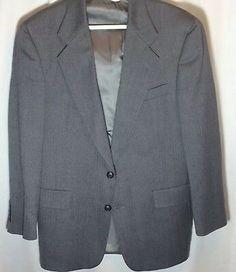 Men's Blazer Sz 42 R Hart Schaffner Marx Sport Coat Gray Herringbone 2 Button Mens Suit Coats, Mens Sport Coat, Mens Suits, Non Iron Dress Shirts, Fitted Dress Shirts, Purple Dress Shirt, Sleeveless Jacket, Wool Suit, Sports Jacket