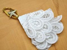 Diy doily Christmas tree ornament tutorial from Bumblebee Linens