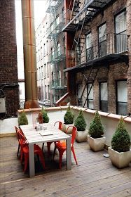 Even in the shade of taller buildings, small rooftop patios can still make for the perfect little hideaway. Outdoor Rooms, Outdoor Dining, Outdoor Gardens, Outdoor Decor, Rooftop Gardens, Patio Dining, Dining Set, Dining Chairs, Interior Exterior
