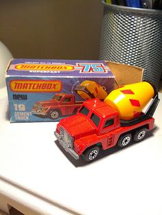 Matchbox Superfast #19 - Cement Truck Retro Toys, Vintage Toys, Old School Toys, Matchbox Cars, Hot Wheels Cars, Tin Toys, Diecast Model Cars, Childhood Toys, Classic Toys