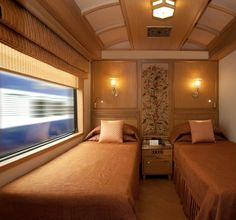 Maharajas' Express: A Luxury Train in India -- I want to take a pampered train trip in India!