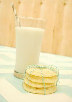 Yogurt & Matcha Swirl with Mango | Recipe | Mango Recipes, Matcha and ...