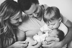 family | siblings | newborn https://www.facebook.com/Annie.Syers.Portrait.Design #ParentingPhotography #ParentingNewborn