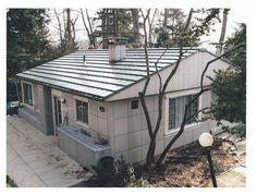 The Lustron Home : Google Image Result for http://exhibits.mannlib.cornell.edu/prefabhousing/images/large/Lustron.jpg