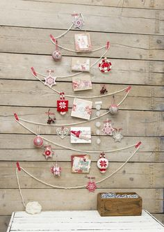 Wall Christmas Tree - Alternative Christmas Tree Ideas_21