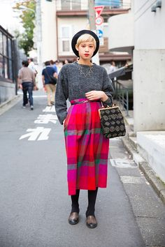The 30 Best Tokyo Fashion Week Street Style Looks – Vogue