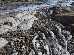 Exposed rocks and clay, Bexhill Beach