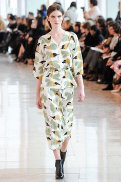 Christophe Lemaire | Fall 2014 Ready-to-Wear Collection | Style.com  Always has 1-2 beautiful prints in his collections.