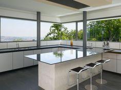 Oberen Berg House in Germany by Alexander Brenner