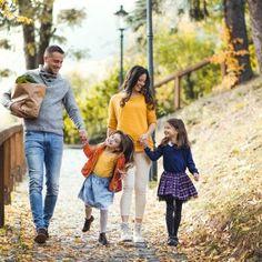 Cele mai Distractive 50 de Jocuri Pentru Copii în Casă | Tikaboo Kids And Parenting, Mai, Couple Photos, Bebe, Couple Shots, Couple Photography, Couple Pictures