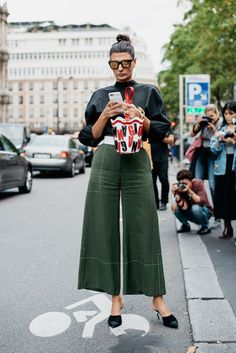 Personalized Photo Charms Compatible with Pandora Bracelets. How to be Parisienne: best Paris Fashion Week streetstyle looks - VOGUE Nederland