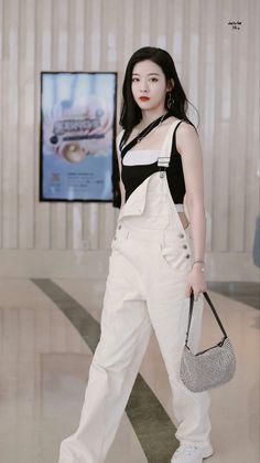 Fashion Idol, 80s Fashion, Girl Fashion, Fashion Outfits, Korean Fashion Dress, Asian Fashion, Kpop Outfits, Casual Outfits, Suits For Women