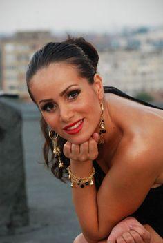 Camelia Miutescu » Muzica Populara din Banat Artists