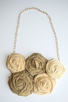 elle and kate: DIY: fabric flowers