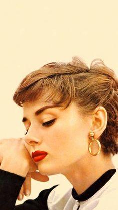 Audrey Hepburn-beautifull