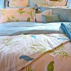 Fresh. Perfect for a child's room. Yves Delorme Postcard bedding for spring summer 2013.
