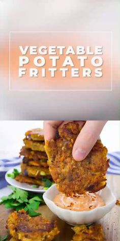 These potato fritters with red lentils are super easy to make and so delicious! They're best with spicy sriracha mayonnaise. The recipe for these fritters is of course 100 % vegan! Find more easy vega Vegan Recipes Videos, Vegan Lunch Recipes, Vegan Breakfast Recipes, Delicious Vegan Recipes, Vegan Vegetarian, Healthy Recipes, Cooking Recipes, Russian Recipes, Vegan Zucchini Recipes