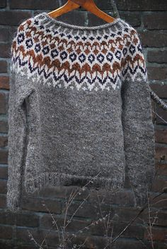 Ravelry: femkej's Riddari #2 Fair Isle Knitting, Knitting Yarn, Diy Knitting Clothes, Norwegian Knitting Designs, Winter Sweaters, Knitting Patterns, Knit Crochet, Fashion Outfits, My Style