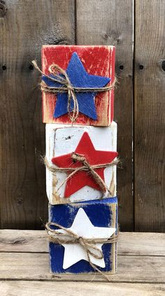 Finally, something I could use my old wooden stamp blocks for. Finally, something I could use my old wooden stamp blocks for. 4th July Crafts, Fourth Of July Decor, 4th Of July Decorations, 4th Of July Party, July 4th, Americana Crafts, Patriotic Crafts, Summer Crafts, Holiday Crafts