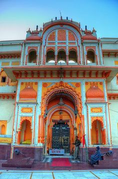 #Orchha, #MadhyaPradesh, Central India, via www.TopUPYourTrip.com