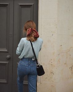 high waisted girlfriend jeans with a light blue blouse and a red bandana ponytai… - Hair Style School Fashion, Fashion 2018, Look Fashion, Autumn Fashion, Fashion Brands, Vintage Fall Fashion, Whimsical Fashion, Feminine Fashion, Nail Fashion