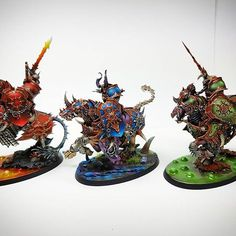 Varanguard riders, I made them according to chaos gods Khorne Tzeench and Nurgle :) hope you like them :) #gamesworkshop #warhammer #ageofsigmar #paintingwarhammer #chaoswarriors #nurgle #khorne #tzeench #warhammerarmy #miniaturepainter #miniaturepaintin