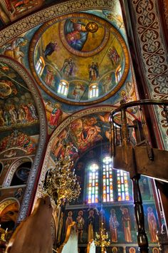 The Church of Saint Demetrius is the main sanctuary dedicated to Saint Demetrius, the patron saint of Thessaloniki (in Central Macedonia, Greece), dating from a time when it was the second largest city of the Byzantine Empire. Church Architecture, Beautiful Architecture, Beautiful Buildings, Beautiful Places, Saint Chapelle, Church Interior, Byzantine Art, Old Churches, Catholic Churches