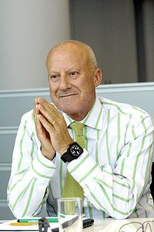 Architect, Norman Foster grew up in Levenshulme.