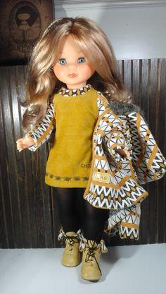 Nuevo modelo de otoño-invierno. ,,!   Precio del conjunto completo , abrigo, vestido, medias y botas de piel 35€                          ...                                                                                                                                                                                 Más