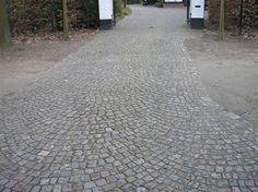 Zweeds Graniet Herbekapt » Bakkers Bestratingsmaterialen | Bakkers Bestratingsmaterialen