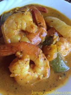Curry Shrimp Jamaican Curry Shrimp is full of aromatic and tasty spices and goes well with a bowl of Minute brown or white rice.Jamaican Curry Shrimp is full of aromatic and tasty spices and goes well with a bowl of Minute brown or white rice. Jamaican Cuisine, Jamaican Dishes, Jamaican Recipes, Shrimp Dishes, Shrimp Recipes, Fish Recipes, Indian Food Recipes, Recipies, Best Curry Recipe