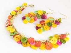 Make this fruit cocktail button earrings and a matching button charm bracelet in 7 simple steps…  By Chu-mei Ho for London Jewellery School