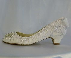 TWINKLE TOES WEDDING SHOES.. low heels with lace, crystals and pearls