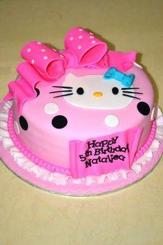 hello kitty cake   Hello Kitty Fondant Cake