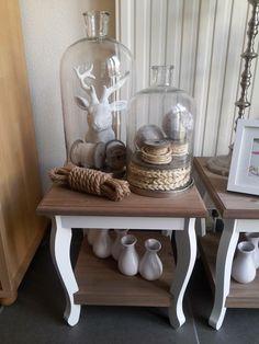 Idee voor de eettafel stolp met iets persoonlijks erin naast een mooie vaas pot met een mooie - Idee deco eettafel ...